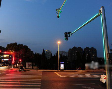 cột-đèn-giao-thông1-3c7ajv2q99rc05ufvv1vcw.jpg